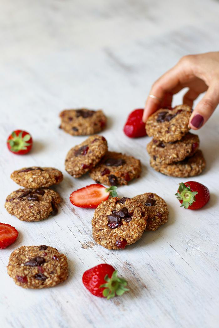 Image of One-Bowl Peanut Butter & Chocolate Oatmeal Cookies