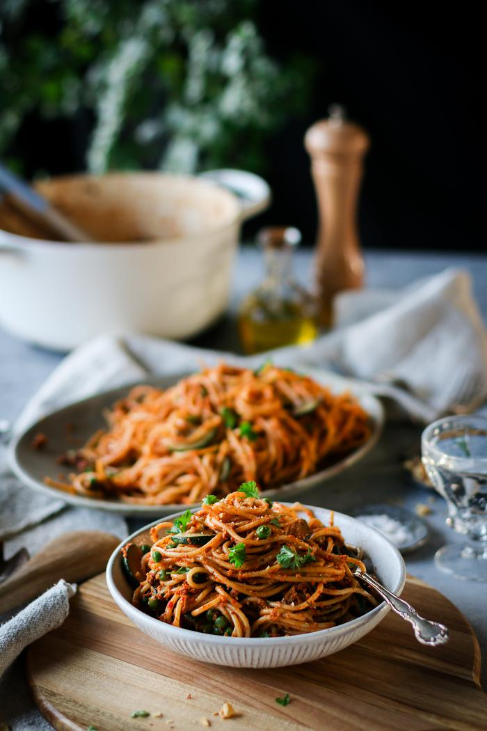 Image of Grilled Red Pepper Pesto Pasta