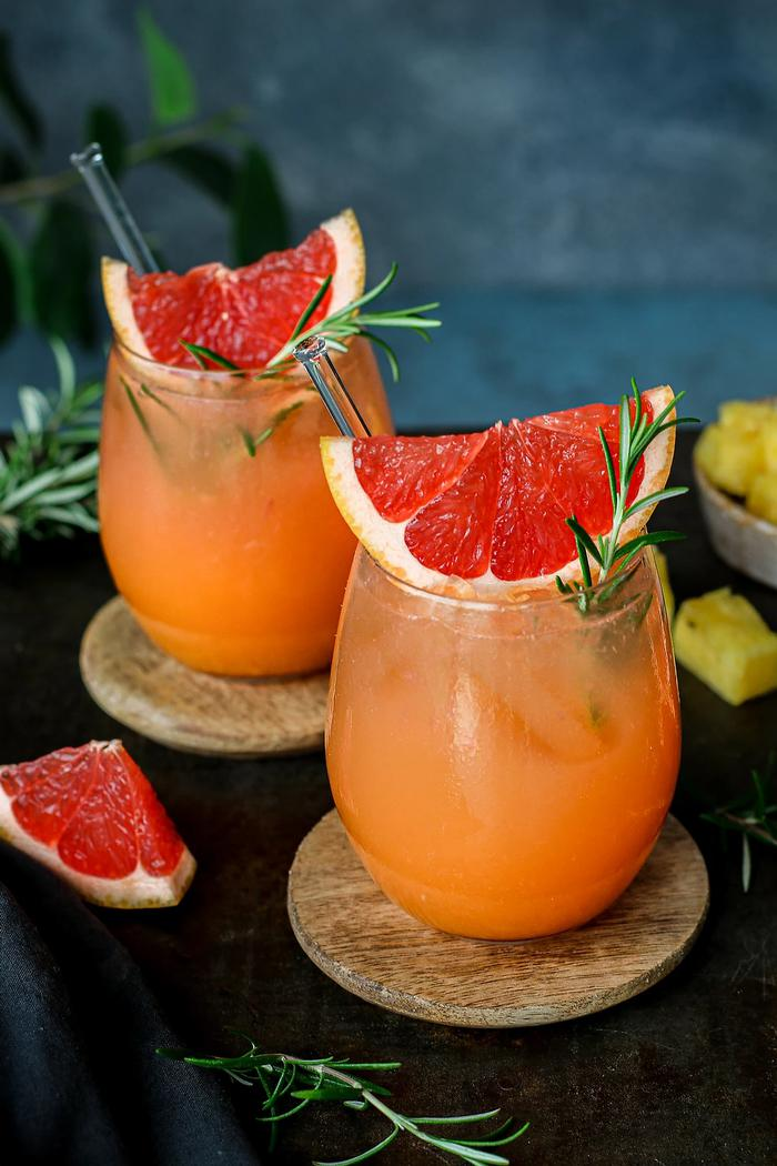 Image of Grapefruit Rosemary Spritzer